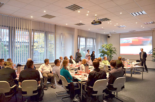 Kunden-Feedback erwünscht: Erfolgreiches White Paper Meeting bei Implico - Featured Image
